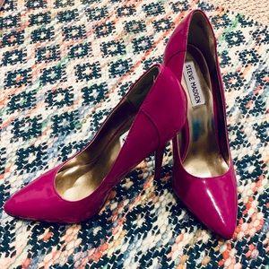 Steve Madden size 7 fuchsia stilettos